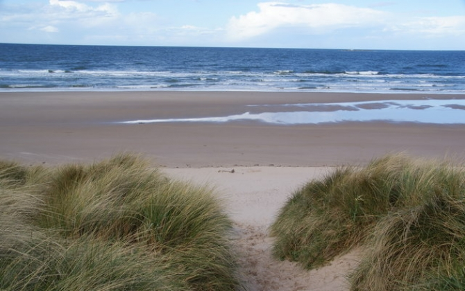 Amazing surfing beaches in the UK 3