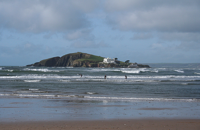 bantham-beach surfing devon