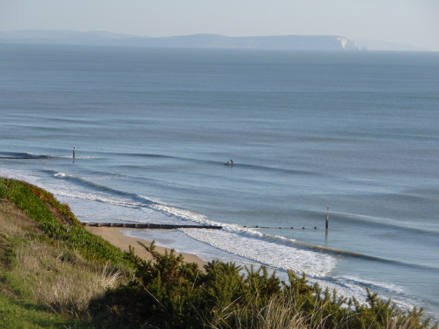 boscombe-beach surfing dorset