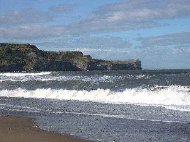 caves-sandsend surfing north yorkshire